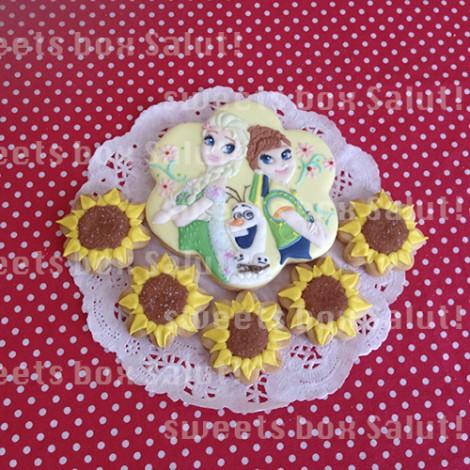 アナと雪の女王-エルサのサプライズ-のアイシングクッキー2