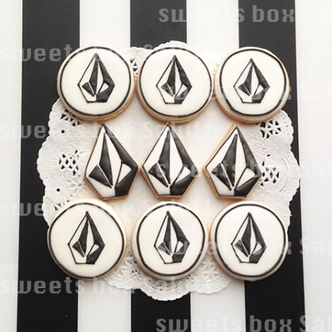 スケボーブランドのお誕生日用アイシングクッキー1