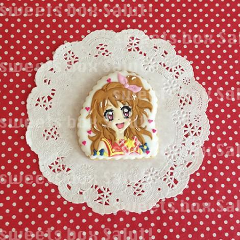 「アイカツ!」のキャラクターアイシングクッキー