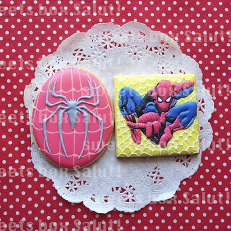 スパイダーマンとバットマンのアイシングクッキー1