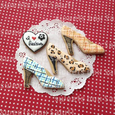 A/W バッグとハイヒールのアイシングクッキー