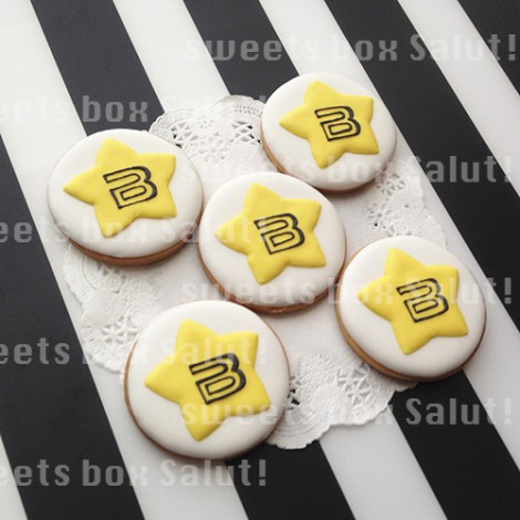 BIGBANGロゴのアイシングクッキー1