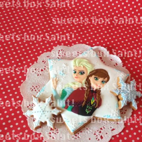 「アナと雪の女王」のアイシングクッキー