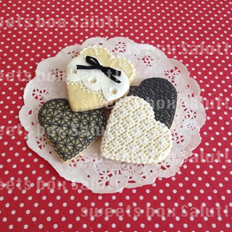 レースとニードルポイント(刺繍風)アイシングクッキー