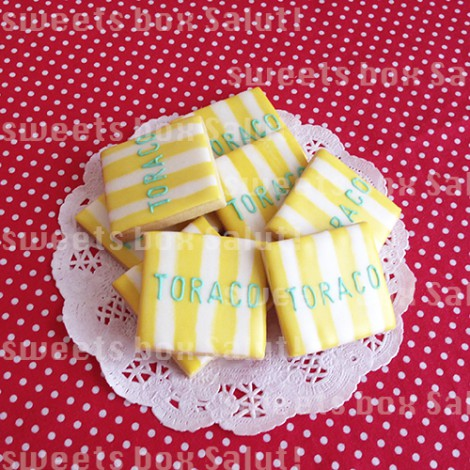 「TORACO」ロゴのアイシングクッキー1