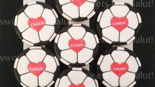 サッカーボール(ハート)のアイシングクッキー