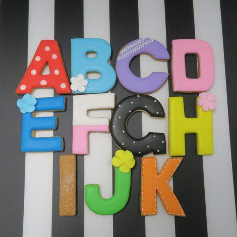 アルファベットのアイシングクッキー(セミオーダー)