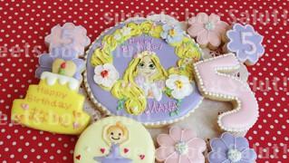 ラプンツェルのお誕生日用アイシングクッキー
