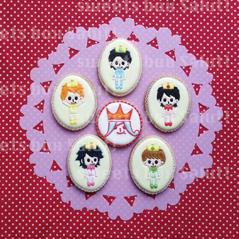 アイドルグループ 嵐モチーフのお誕生日用アイシングクッキー1