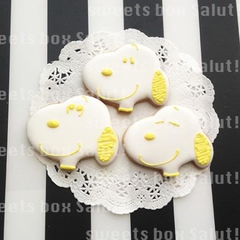 カラフルなスヌーピーのアイシングクッキー4