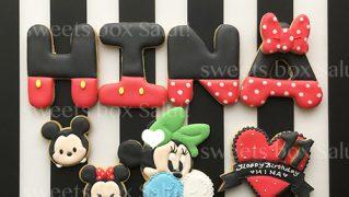 ミッキー&ミニーの誕生日用アイシングクッキー