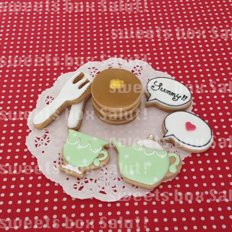 ホットケーキセットのアイシングクッキー