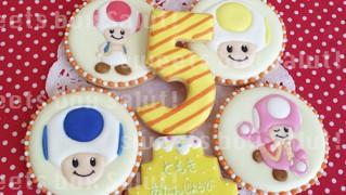 「マリオシリーズ」キノピオのお誕生日用アイシングクッキー