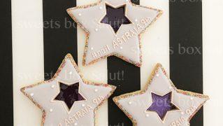 ネイルサロン9周年記念のステンドグラスアイシングクッキー