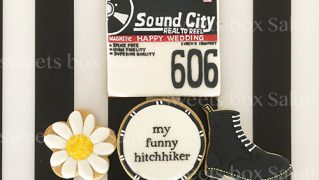 レコードジャケットモチーフの結婚祝いアイシングクッキー