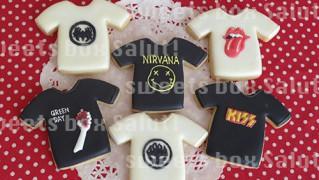 ロックTシャツとロックロンパースのアイシングクッキー