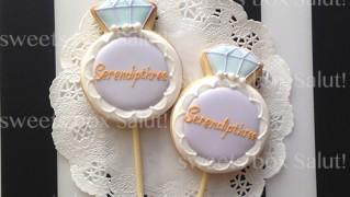 Serendiothreeアイシングクッキーポップス