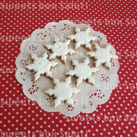 雪の結晶のアイシングクッキー1