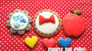 白雪姫のアイシングクッキー
