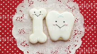 歯&骨モチーフの結婚式プチギフト用アイシングクッキー