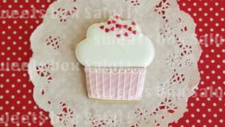 ホワイトデーにカップケーキのアイシングクッキー
