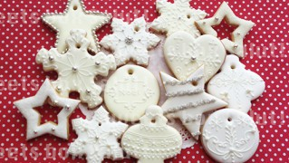 クリスマスリース用アイシングクッキー